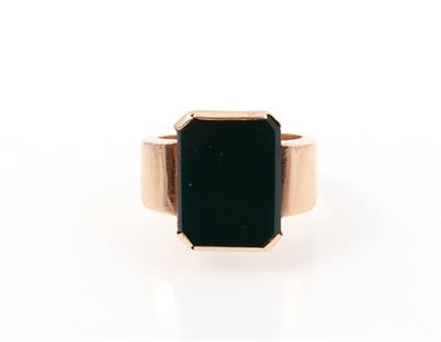 Ring - Jewellery and watches