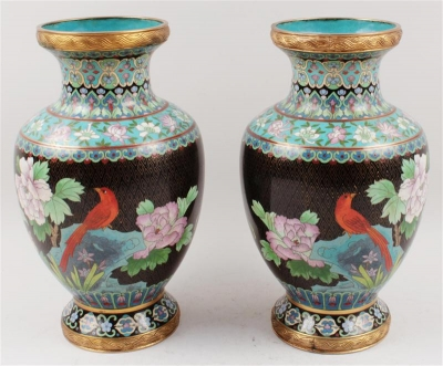 1 Paar Cloisonné-Vasen, - Antiques and Paintings