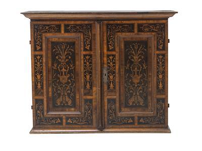 Möbel und Antiquitäten