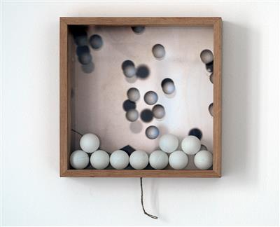 Max Frey, Kinetic Ping Pong Box, 2009 - Charity-Auktion Zeitgenössische Kunst zugunsten one world foundation