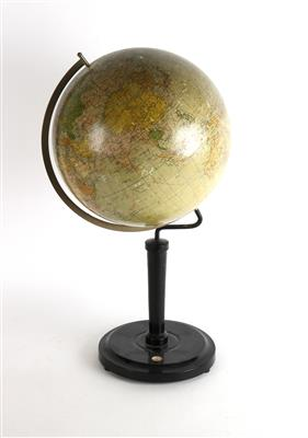 A c. 1925 G. Freytag & Berndt A. G. terrestrial Globe - Antique Scientific Instruments, Globes and Cameras