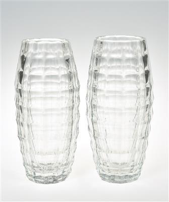 zwei Vasen, K. K. Fachschule für Glasindustrie Haida, Oertel bzw. Meyr's...