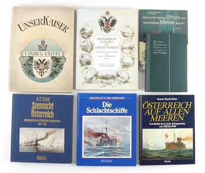 Konvolut von 7 Büchern zum Thema k. u. k. Armee, meist Marine: - Antique Arms, Uniforms and Militaria