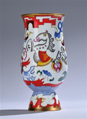Franz von Zülow, a footed vase, pattern number: 5273, designed in c. 1924/25, form number: 513, executed by Vienna Porcelain Factory Augarten, before 1939 - Secese a umění 20. století
