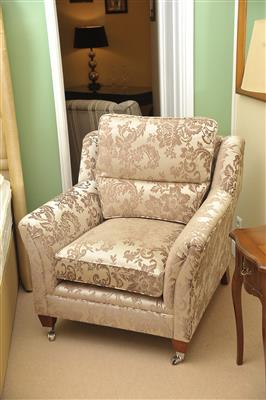 Fauteuil, - MY HOME IS <br>MY CASTLE - <br>Classic English Interiors <br>Sale!!!