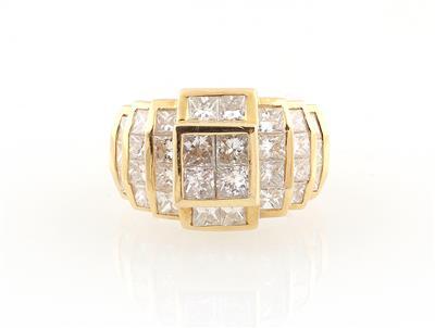 Exklusive Diamanten und Farbsteine