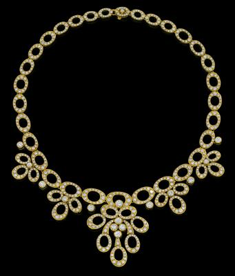 A brilliant necklace by Petochi, total weight c. 18 ct - Jewellery