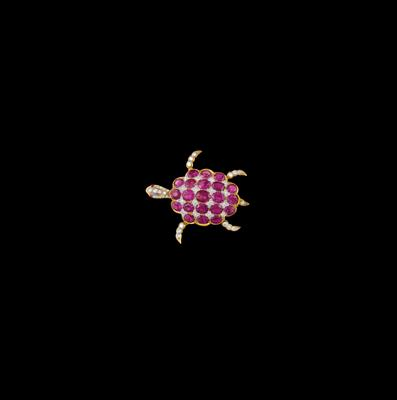 A brilliant and ruby tortoise pendant - Jewellery