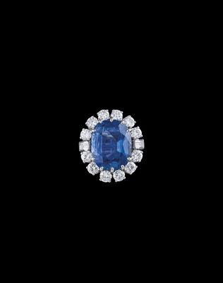 A Sapphire and Diamond Ring - Klenoty