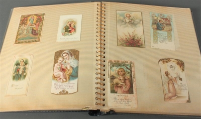 Album mit ca. 89 Andachtsbildern - Antiques, art and jewellery