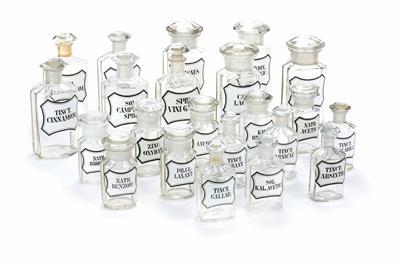 Flaschen um 1900 Apotheker